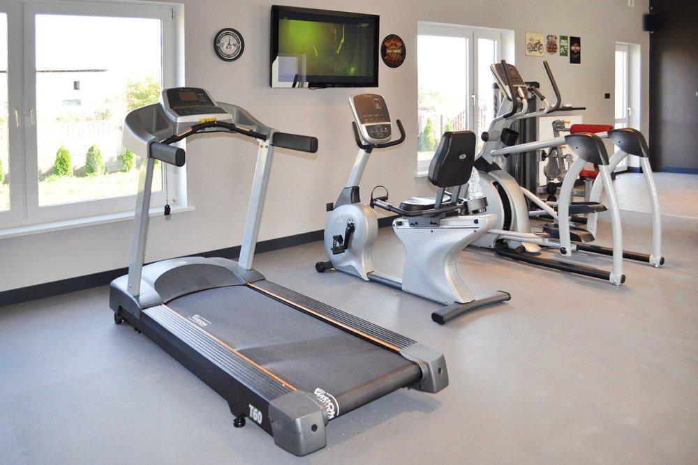 bieżnia w siłownii kliniki Arkadia