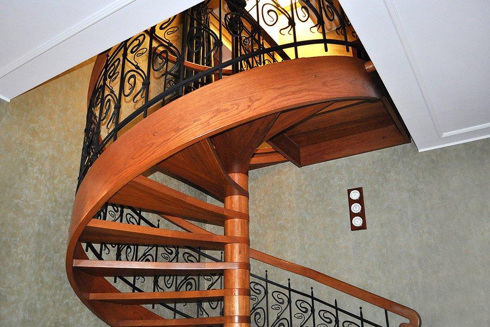 schody w willii arkadia